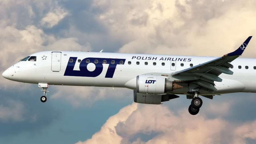 Embraer 195 LOT-u